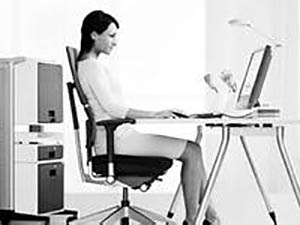 布置符合人體工程學的計算機工作場所之十要